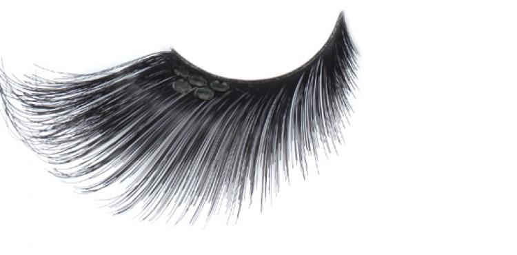 Extra Long Black Eyelashes With Black Jewel
