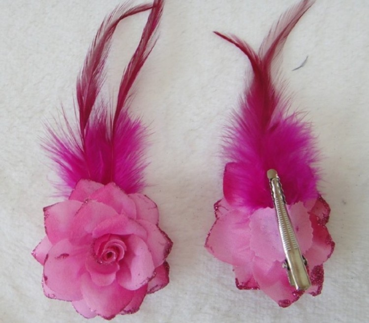 Mini Hot Pink Rose & Feather Clips