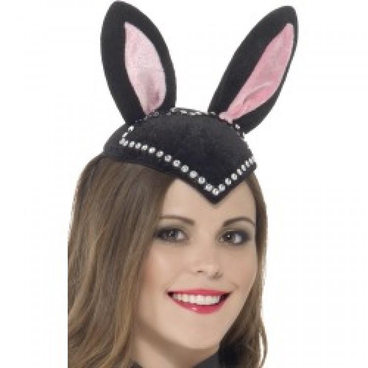 Burlesque Bunny Skull Cap